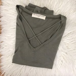 Urban Outfitter's Tee XS